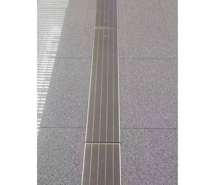 内蒙古通辽高铁站候车大厅FTM型不锈钢效果图